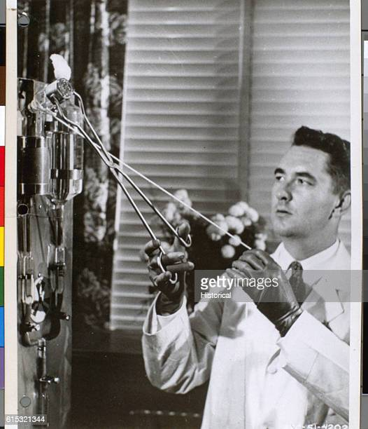 A doctor pours radioactive gallium