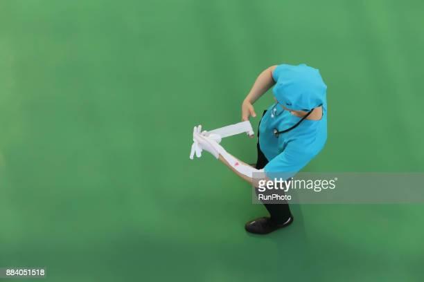 Doctor preparing for dressing