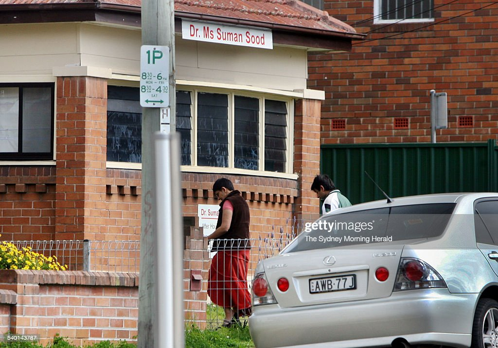 Doctor Suman Sood outside her Wentworthville clinic in Sydney\u0027s outer western su Pictures   Getty Images & Doctor Suman Sood outside her Wentworthville clinic in Sydney\u0027s ...