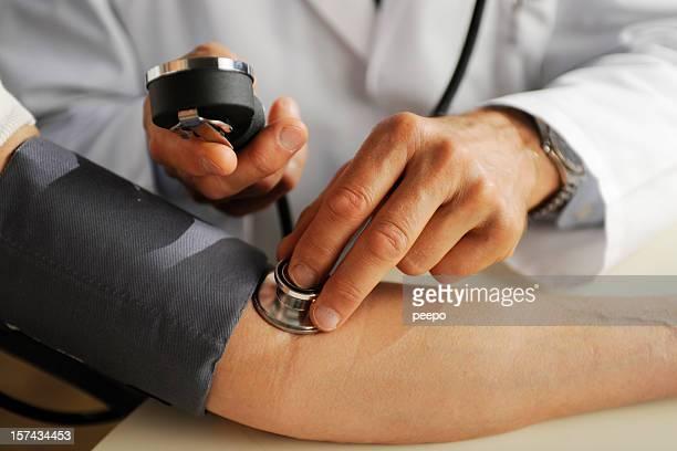 Arzt Blutdruck,