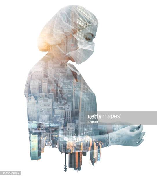doctor working in new york during the covid-19 pandemic - epidemiology stock pictures, royalty-free photos & images