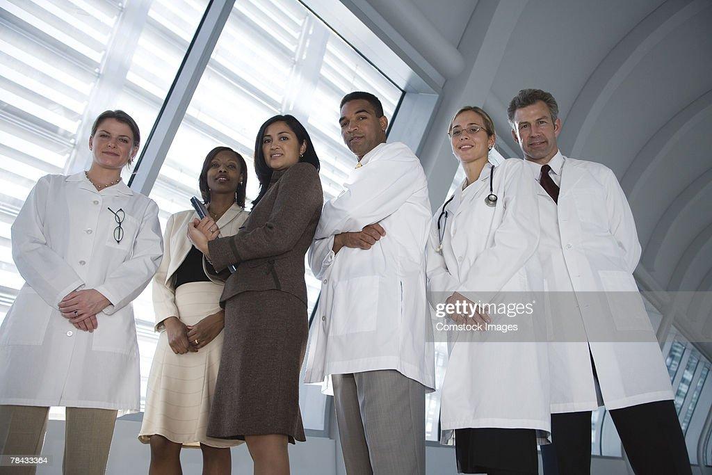 Doctors and businesswomen : Stockfoto