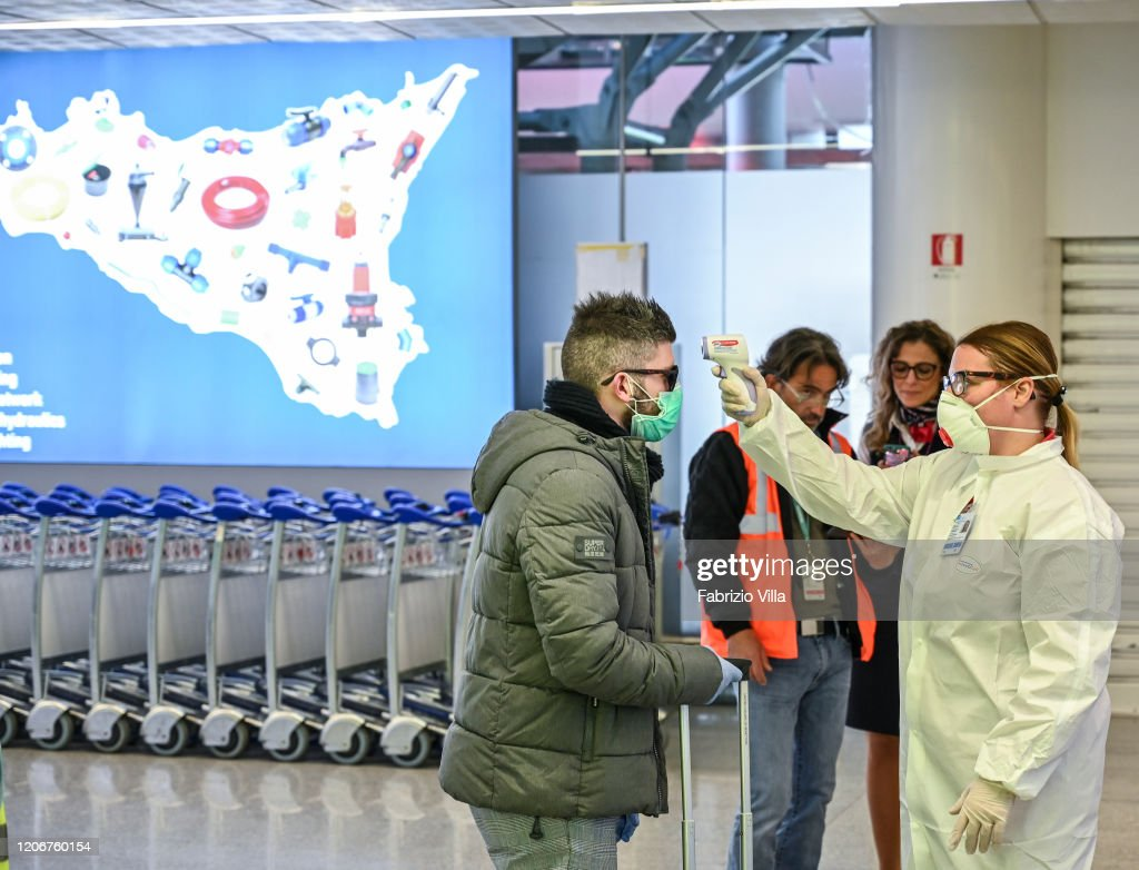 Italy Faces The Coronavirus : News Photo