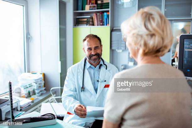 doctor's appointment - outpatient care stock pictures, royalty-free photos & images