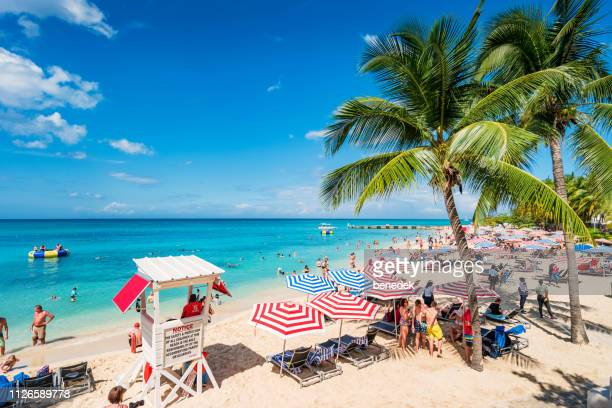 doctor's cave beach in montego bay jamaica - jamaica stock pictures, royalty-free photos & images