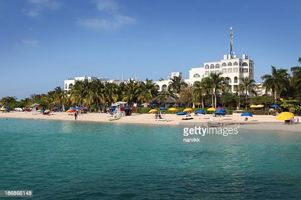 doctors cave beach in montego bay - montego bay stock pictures, royalty-free photos & images