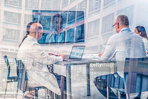 Los médicos disponer de video conferencias