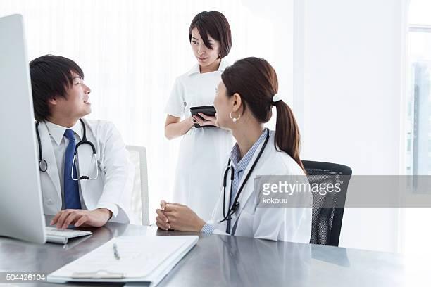 医師問い合わせには、病院