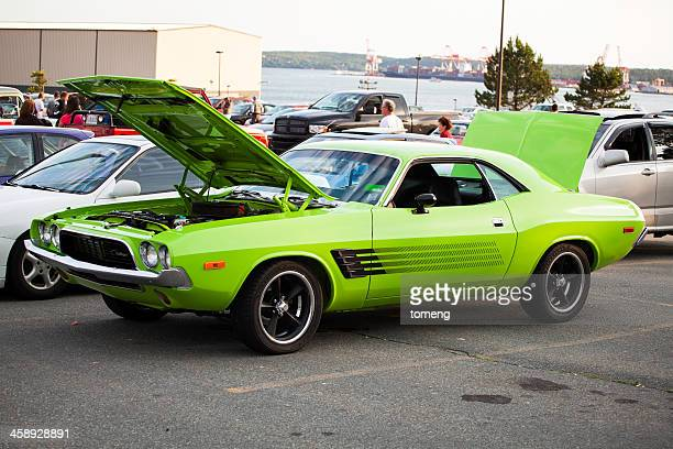 dodge challenger - dodge challenger stock pictures, royalty-free photos & images