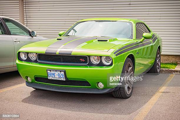dodge challenger r/t - dodge challenger stock pictures, royalty-free photos & images