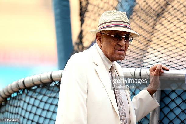 Dodgers Hall of Fame pitcher Don Newcombe watches batting practrice before the game between the Los Angeles Dodgers and the Arizona Diamondbacks on...