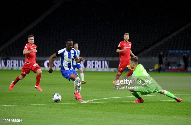 Dodi Lukébakio of Hertha Berlin scores the 2nd goal during the Bundesliga match between Hertha BSC and 1. FC Union Berlin at Olympiastadion on May...