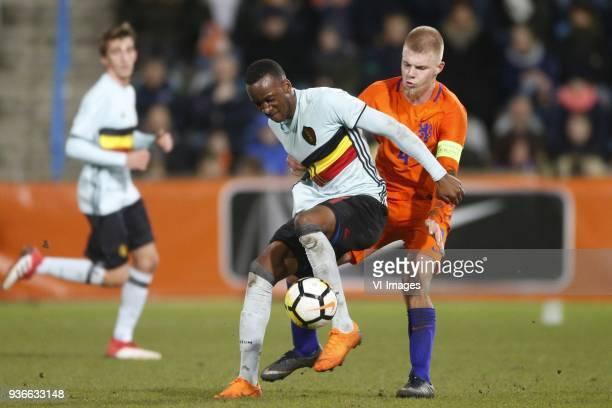 Dodi Lukebakio Ngandoli of Jong Belgium Rick van Drongelen of Jong Oranje during the International friendly match between Netherlands U21 and Belgium...