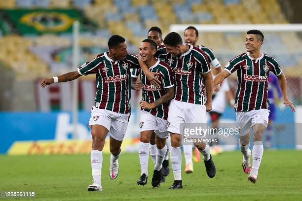 Dodi of Fluminense celebrates with his teammates after scoring the opening goal during a match between Fluminense and Vasco da Gama as part of 2020...