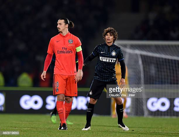Dodo of FC Internazionale and Zlatan Ibrahimovic of Paris Saint Germain during the Qatar Winter Tour match betweeen Paris Saint Germain and FC...