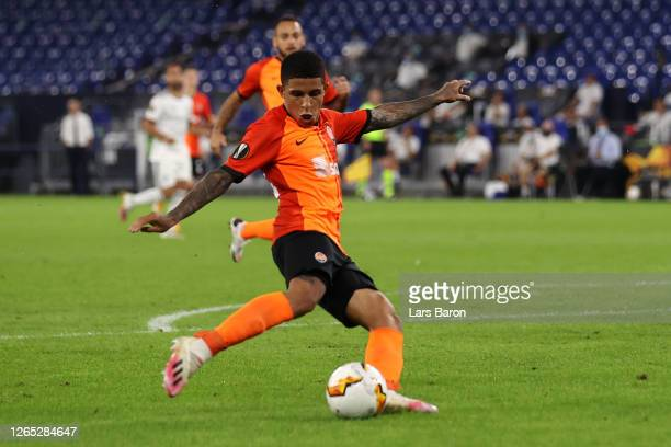 Dodo of Shakhtar Donetsk scores his sides fourth goal during the UEFA Europa League Quarter Final between Shakhtar Donetsk and FC Basel at...