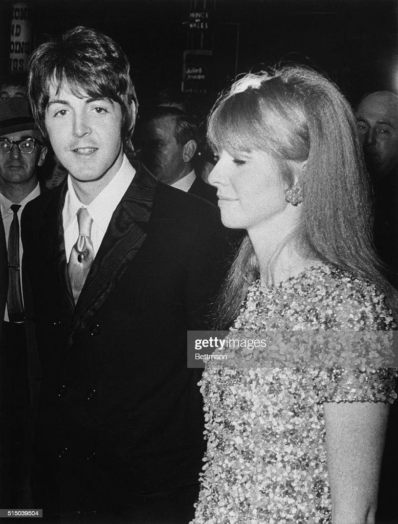 Yeah Its Beatle Paul McCartney With