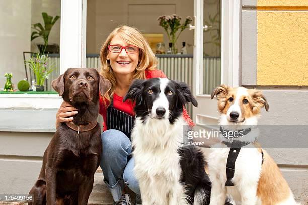 Dog Salon owner
