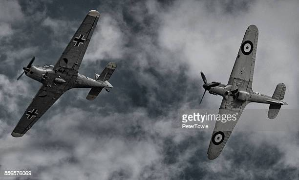 dogfight - spitfire stock pictures, royalty-free photos & images