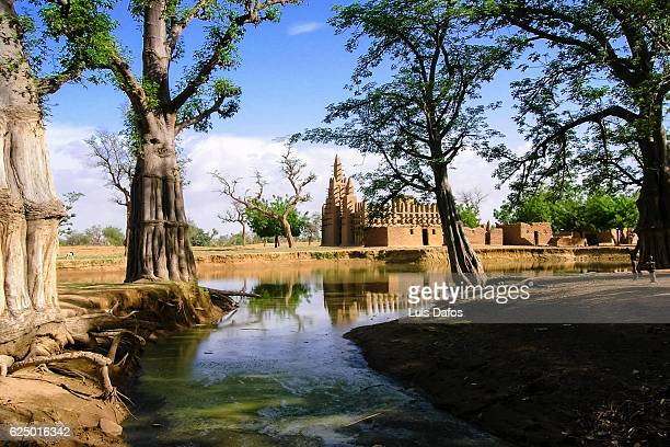 dogon country, mosque - mali stock pictures, royalty-free photos & images