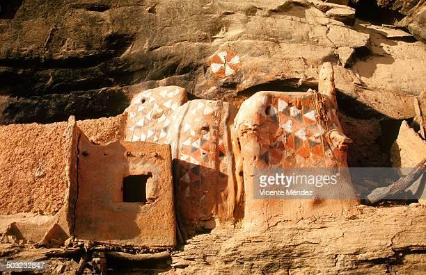 Dogon decorative paintings, Teli village
