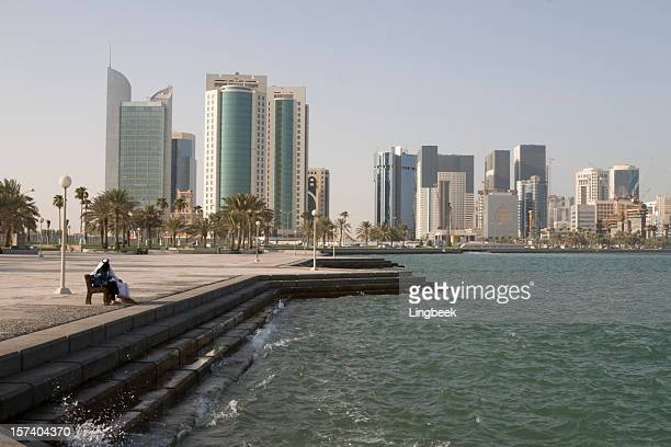 doha corniche - doha stock pictures, royalty-free photos & images