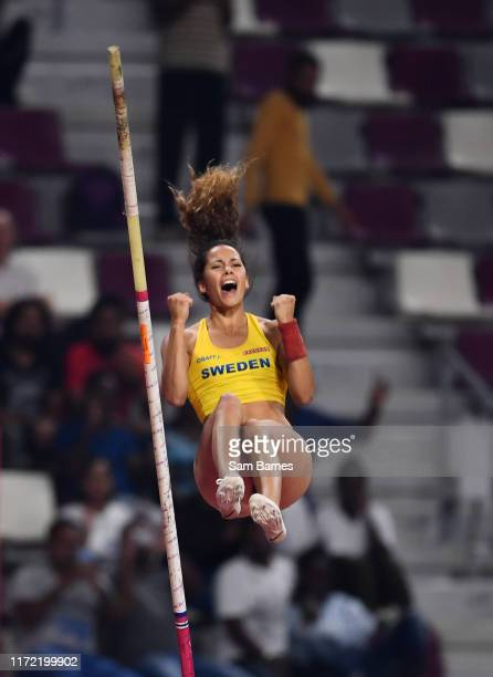 Doha , Qatar - 29 September 2019; Angelica Bengtsson of Sweden celebrates a clearance of 4.80m after borrowing a pole vaulting pole from Ninon...