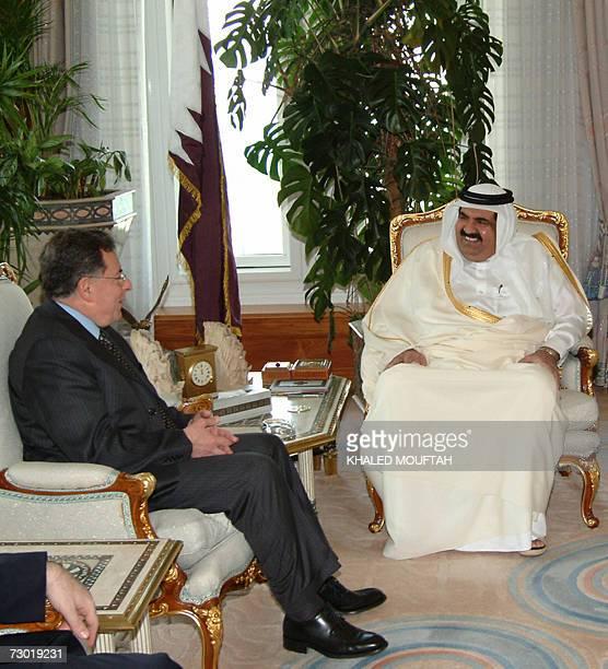 Qatar's Emir Sheikh Hamad bin Khalifa alThani meets with Lebanese Prime Minister Fuad Siniora in Doha 17 January 2007 Siniora is on Arab tour to drum...