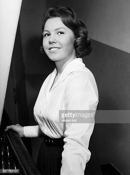 Dohm Gaby Schauspielerin D Portrait um 1963
