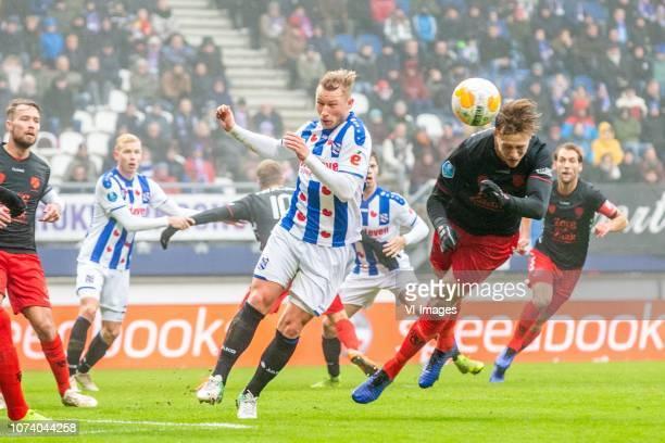 Doke Schmidt of sc Heerenveen Emil Bergstrom of FC Utrecht during the Dutch Eredivisie match between sc Heerenveen and FC Utrecht at Abe Lenstra...