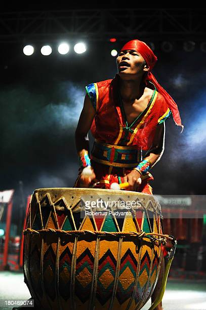 Dol Arasta of Bengkulu Indonesia performs in World Drum Festival as part of Lake Toba Festival 2013 on September 13 2013 in Medan Sumatra Indonesia...