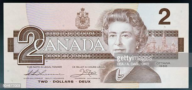 2 dollar banknote obverse queen Elizabeth II Canada 20th century