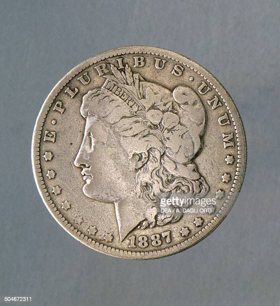 1 dollar coin obverse female face United States of America 19th century