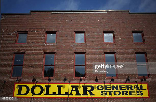 A Dollar General Corp store stands in Scottsville Kentucky US on Tuesday May 26 2015 Dollar General Corp is expected to report quarterly earnings...