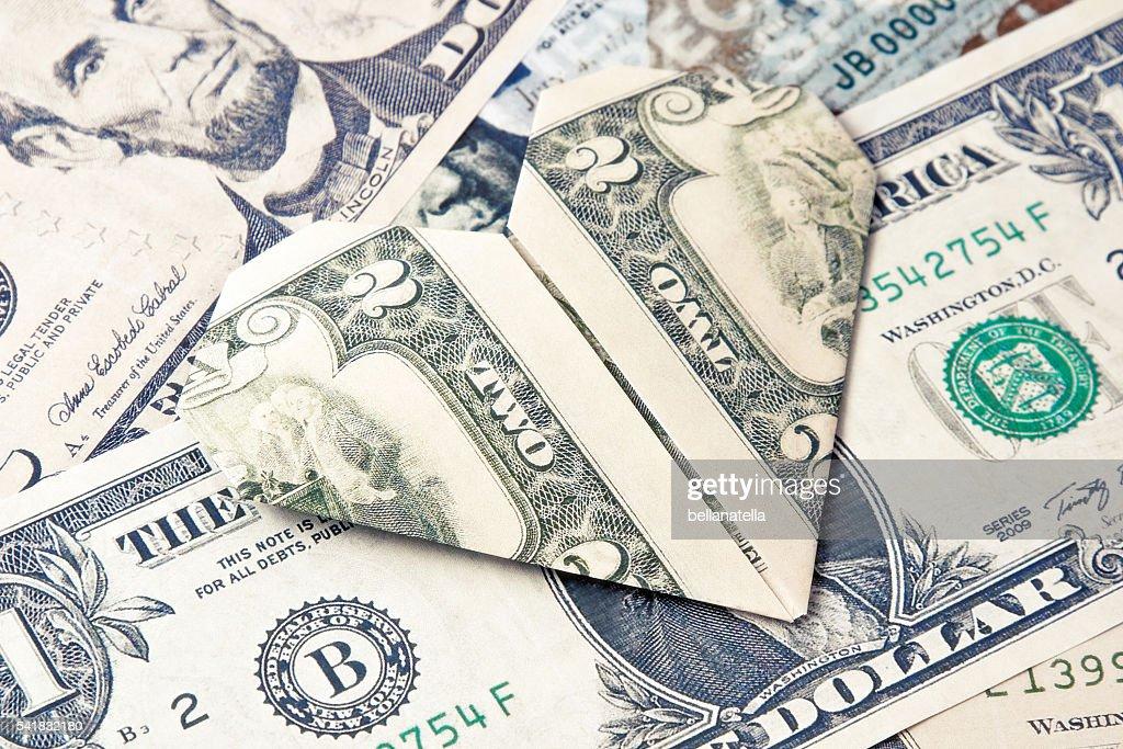Dollar Origami Heart Tutorial - How to make a Dollar Heart - YouTube | 683x1024