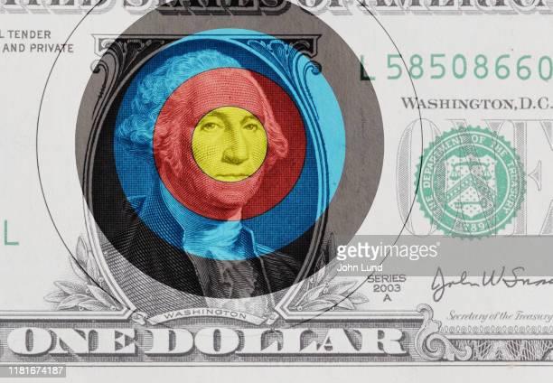 u.s. dollar target - 金融政策 ストックフォトと画像