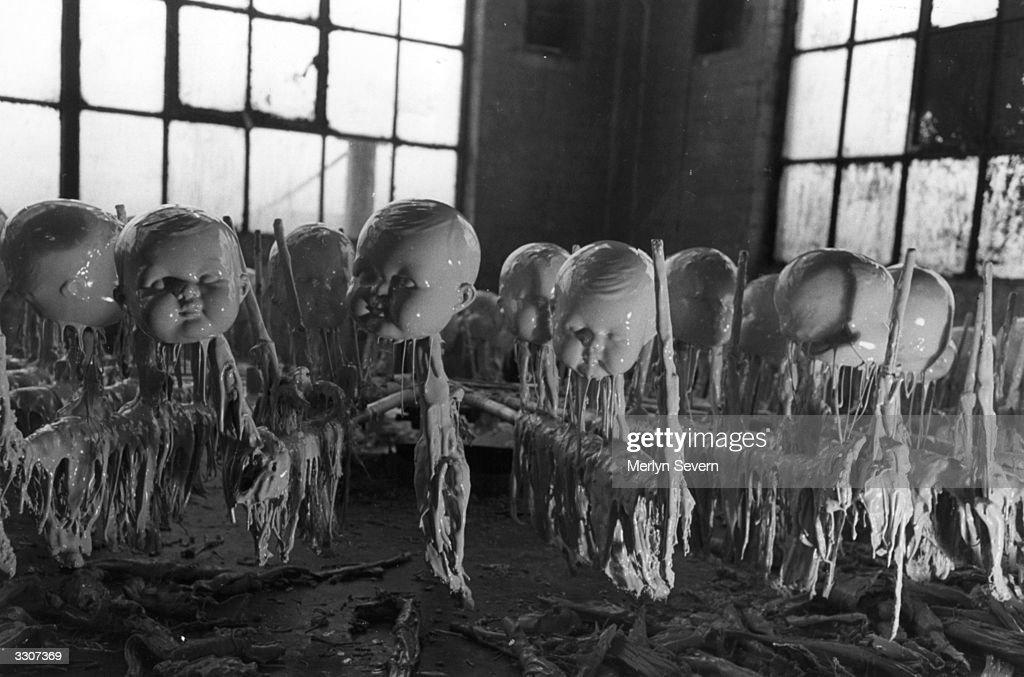 Spooky Dollies : News Photo