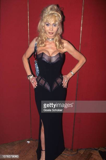 Dolly Buster attends Lifeball in June 1999 in Vienna Austria