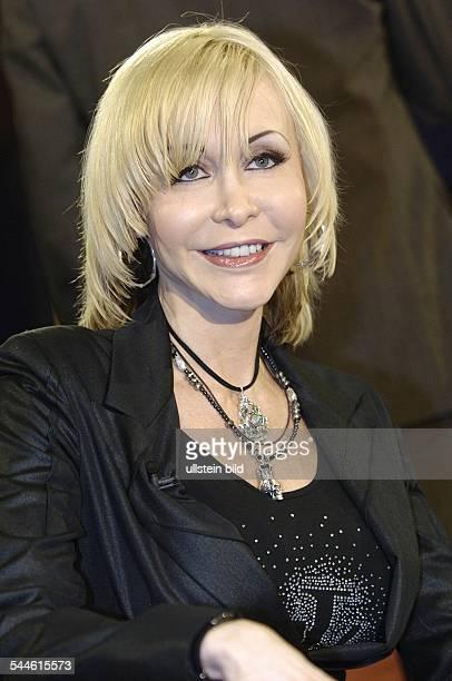 Dolly Buster Schauspielerin Moderatorin und ehemalige Pornodarstellerin