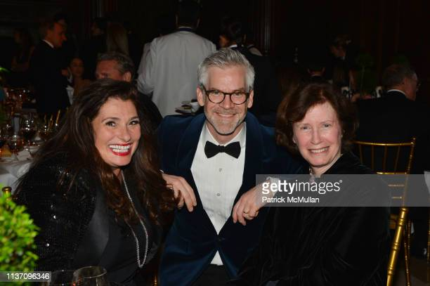 Dolly Fox, Jesse Carrier and Wendy Goodman attend New York School Of Interior Design Annual Gala at The University Club on March 5, 2019 in New York...