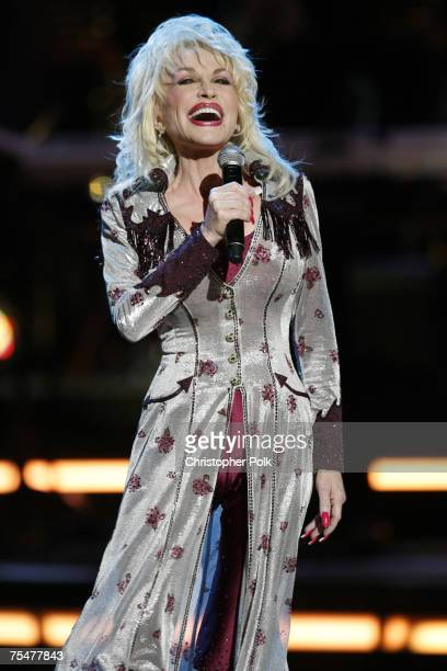 Dolly Parton at the CMT Giants Honoring Reba McEntire Show at Kodak Theater in Hollywood California