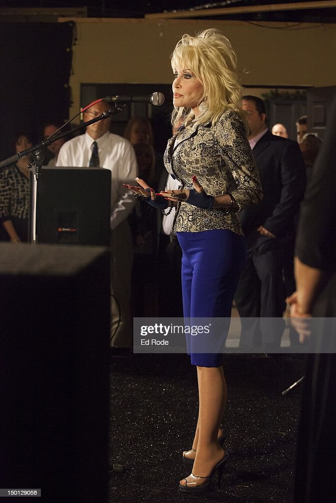 """An Evening With... Dolly"" Gold Celebration : News Photo"