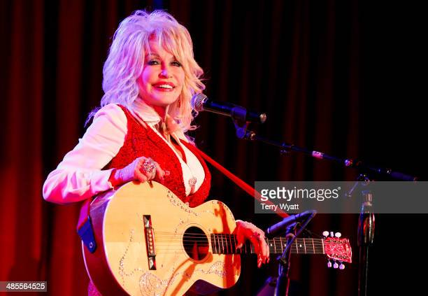 Dolly Parton attends Stella Parton's Red Tent Women's Conference 2014 at the Doubletree Hotel Downtown on April 18, 2014 in Nashville, Tennessee.