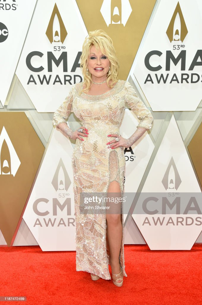 The 53rd Annual CMA Awards - Arrivals : News Photo