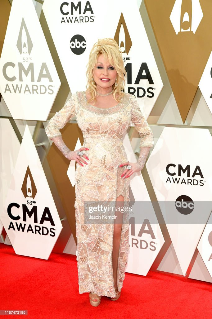 The 53rd Annual CMA Awards - Arrivals : News Photo