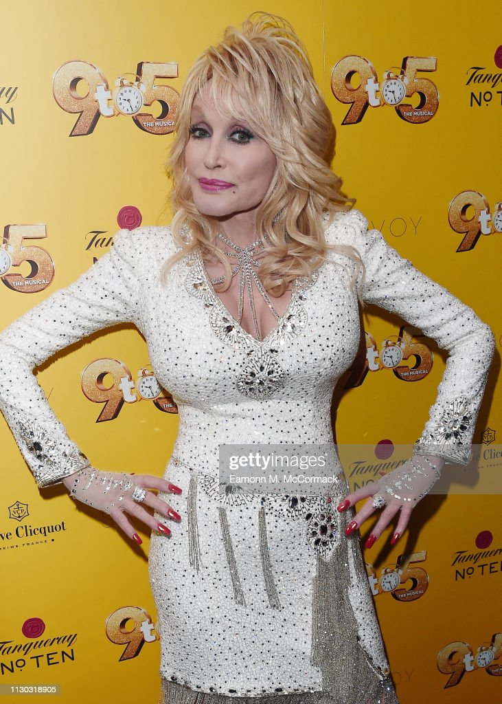 Dolly Parton's '9 TO 5' The Musical Gala Evening - Arrivals : News Photo