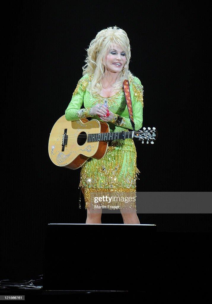 Dolly martin — 7
