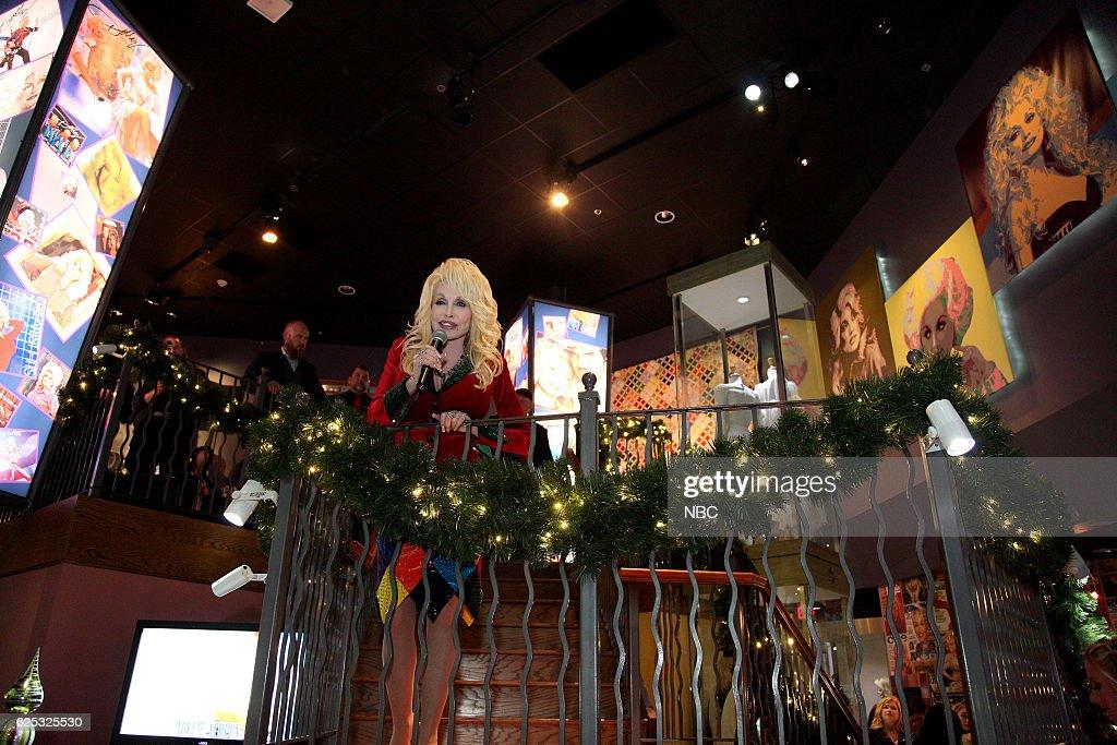 Dolly Parton's Christmas of Many Colors: Circle of Love - Season 2016 : Fotografia de notícias