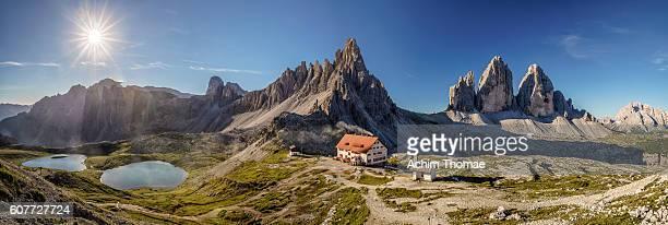 dolomite alps, panorama, italy, europe - トレチーメディラバレード ストックフォトと画像