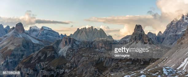 Dolomit bergslandskap